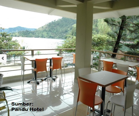 Pandu Lakeside Hotel Parapat